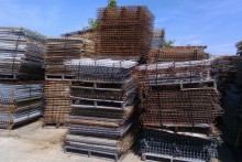 "42""x48""Outside Waterfall Wire Mesh Decking"